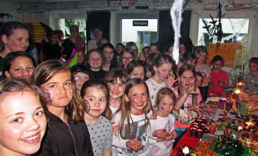 Hexenfest im Jugendheim Drabenderhöhe. Foto: Martina Kalkum